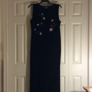 Women's XL Long Impressions Black Velveteen Dress